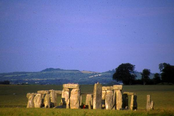 Enter Stonehenge Circle, Private Access Small Group Tour from London
