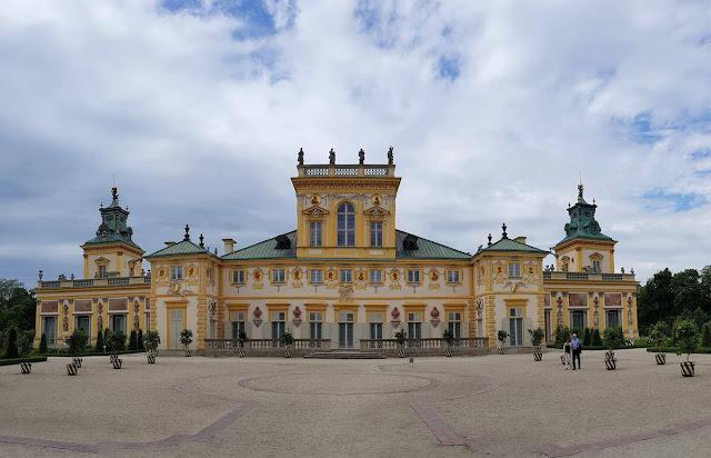 Palacio Wilanów Varsovia fachada trasera