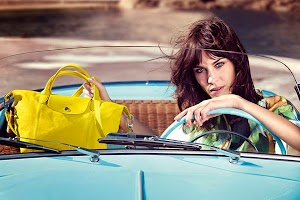 Alexa Chung starred in a new advertising campaign Longchamp