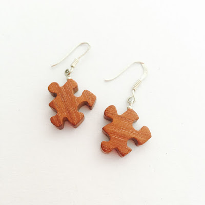 pendientes puzzle madera de cedro