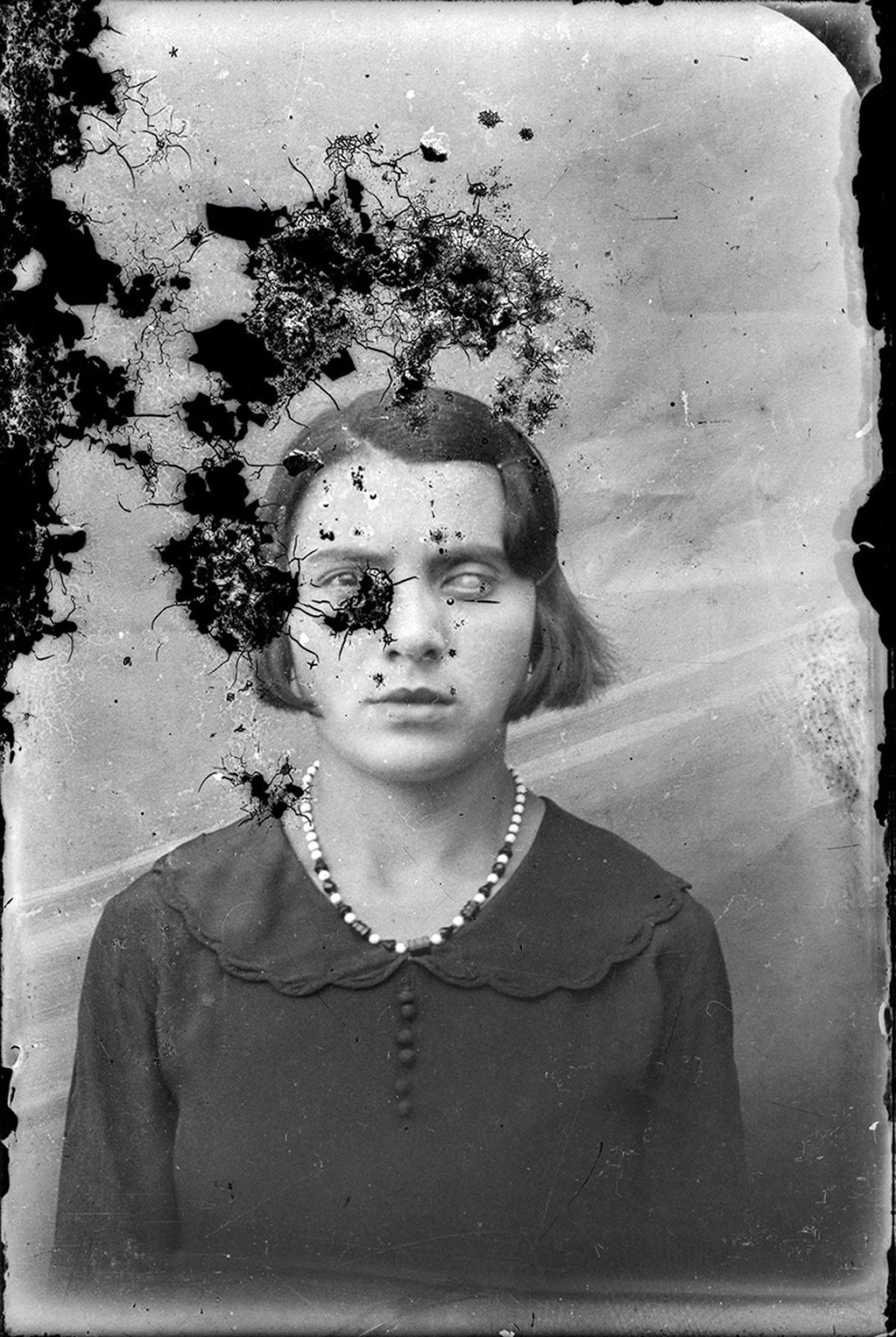 These Vintage Romanian Portrait Photographs In Terrible