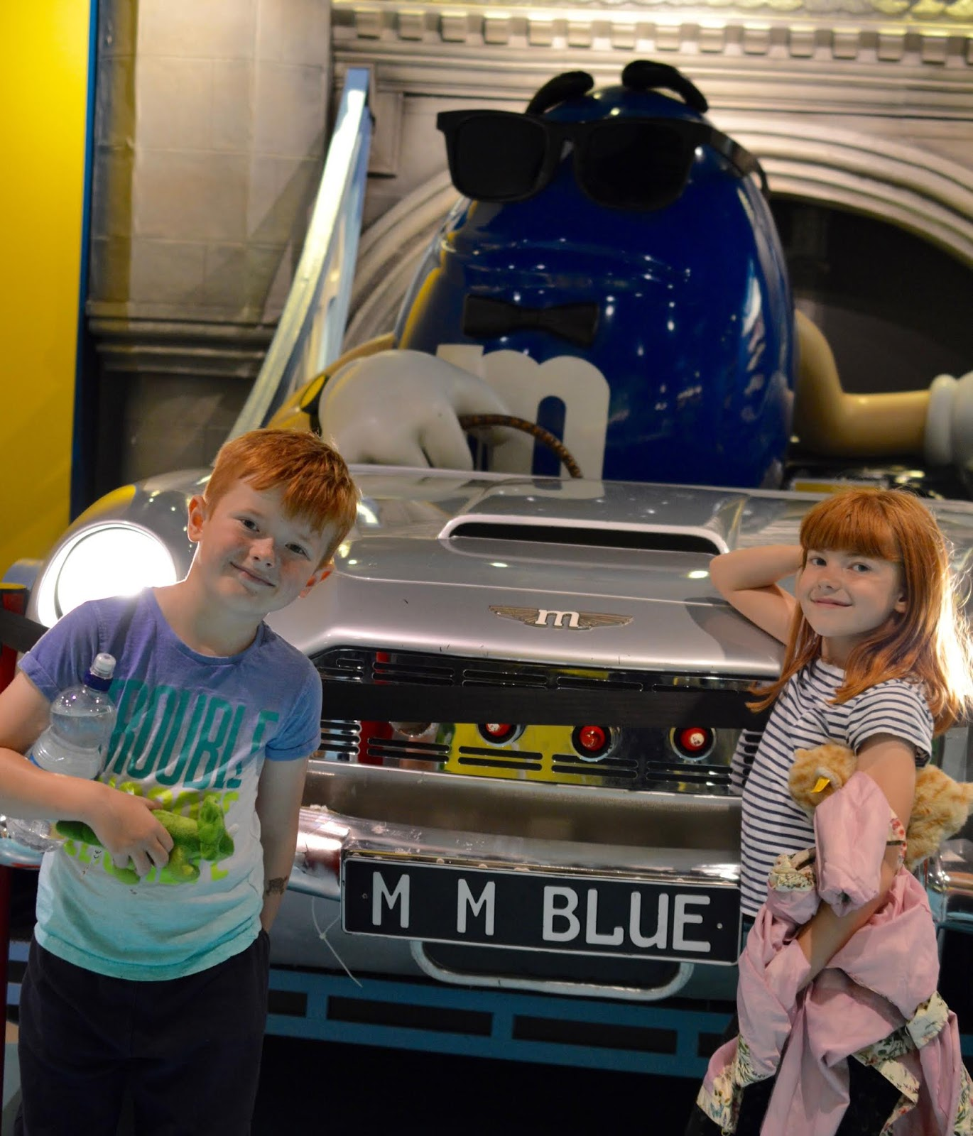 Dining with Kids in London | Bubba Gump Shrimp Leicester Square Review  - M and M store