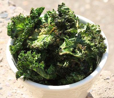 A2K - A Seasonal Veg Table: Sea Salt and Balsamic Vinegar Kale Crisps