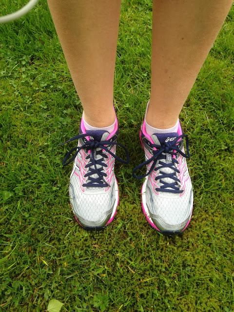 asics running shoes 2017