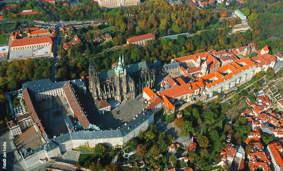 Vista aerea del castillo de Praga