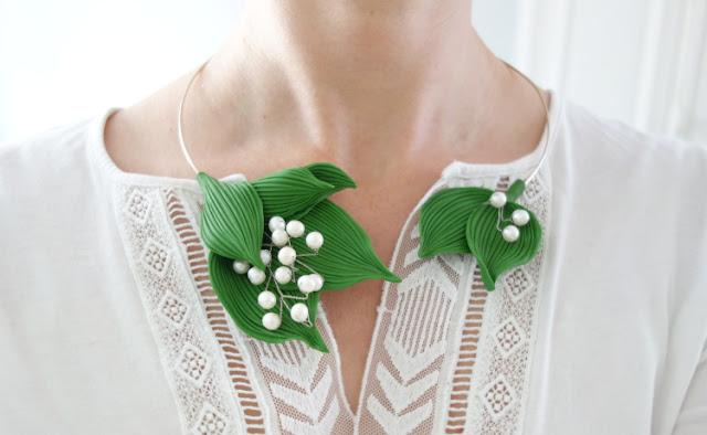 Du nouveau dans la boutique en ligne : Collier muguet Argile de polymère et perles d'eau douce, Delphine R2M La Fille du Consul