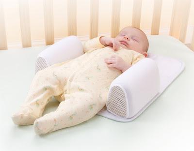 Tư thế gối đầu của trẻ khi ngủ