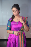 Shilpa Chakravarthy in Purple tight Ethnic Dress ~  Exclusive Celebrities Galleries 074.JPG