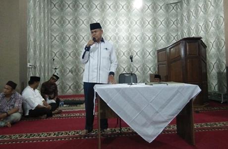 Wawako Emzalmi Ajak Jamaah Masjid Raya Marhamah Teladani Rasulullah SAW