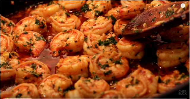Shrimp-with-garlic-shrimp-and-fish-are-cooked-in-different-flavors-recipe-and-video