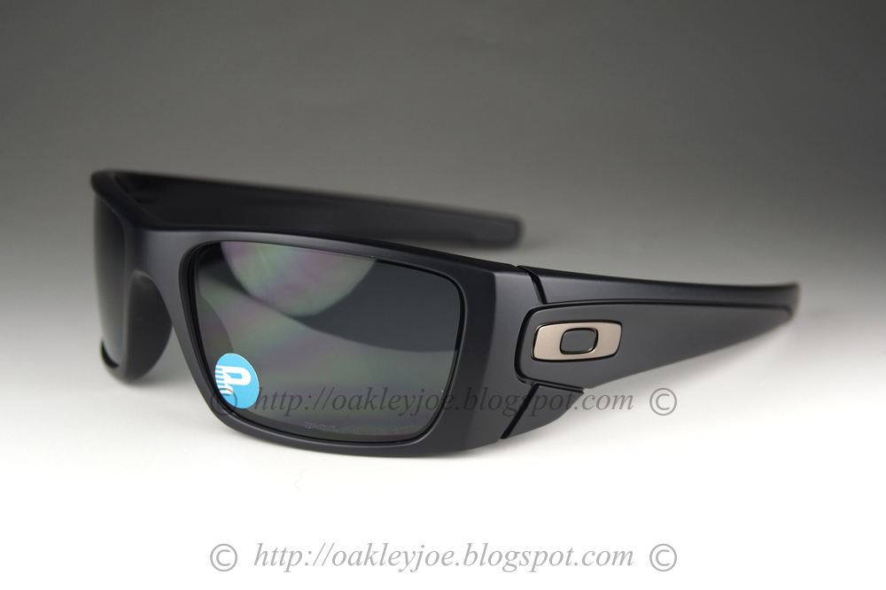 900f9a5df78 Oakley Fuel Cell Matte Black Polarized « One More Soul
