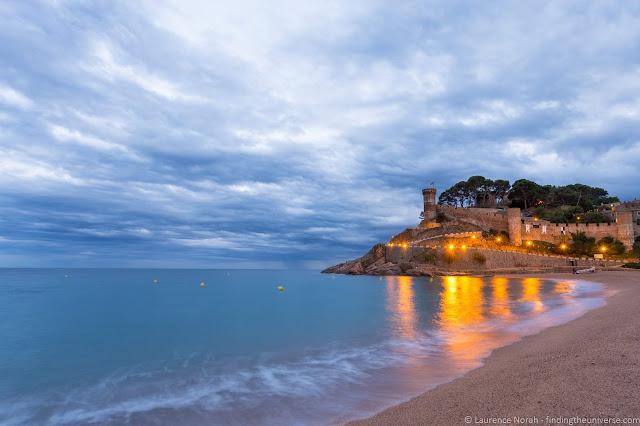 Vanguard VEO tripod review - long exposure beach shot Costa Brava