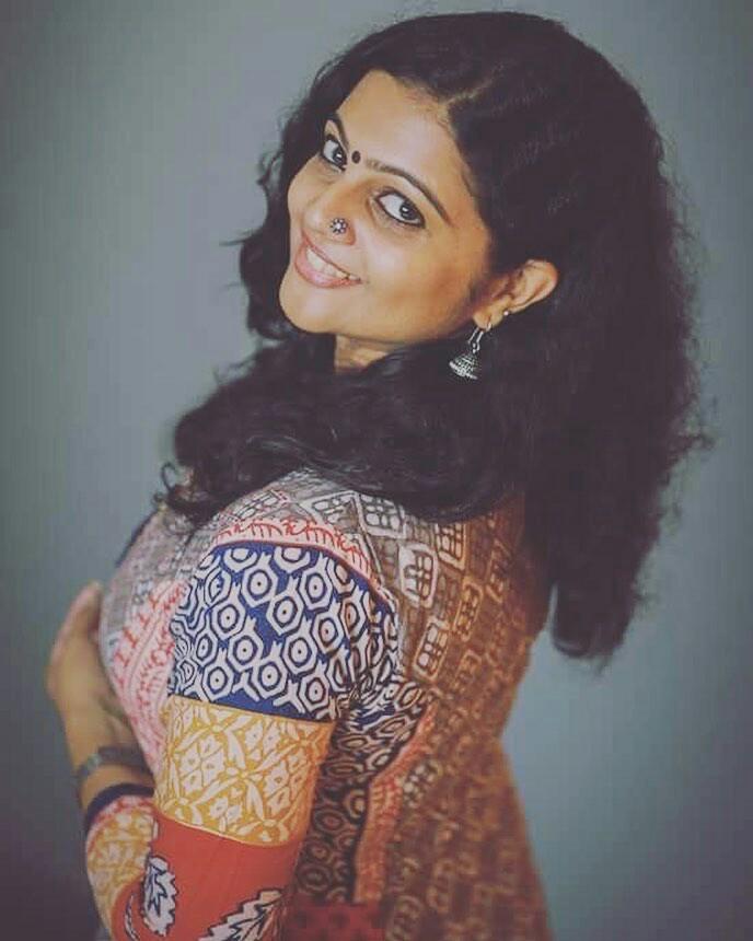 Aswathy Sreekanth Hot Photos