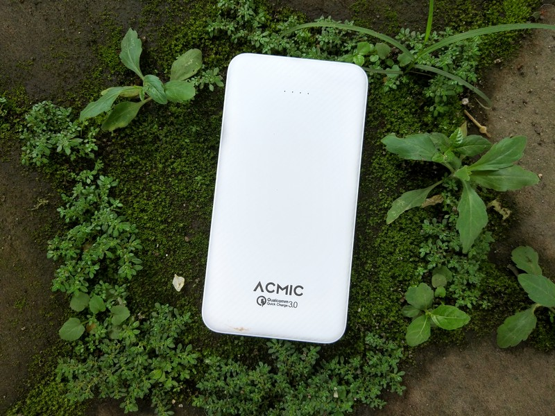 Acmic C10Pro 10.000mAh Review: Power Bank dengan Quick Charge 3.0