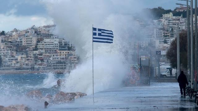 Σοβαρά προβλήματα λόγω των σφοδρών χιονοπτώσεων και των 10 Μποφόρ στο Αιγαίο