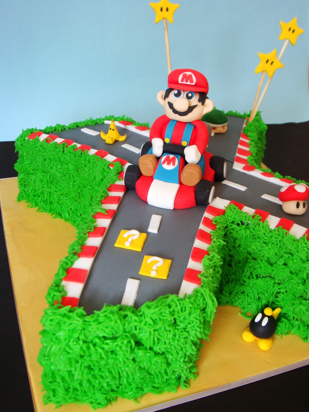 Mario kart cake pictures