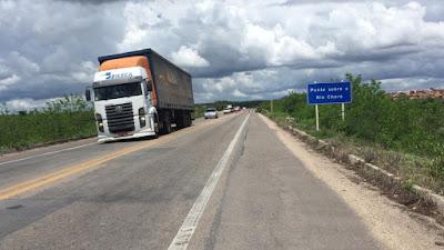 Engenheiros do Dnit avaliam que ponte em Chorozinho está comprometida, diz PRF