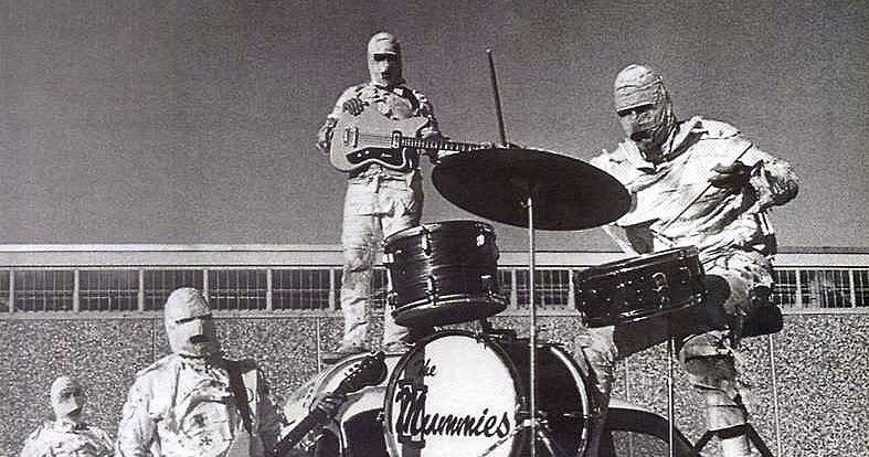 🎵 the Mummies Band 4