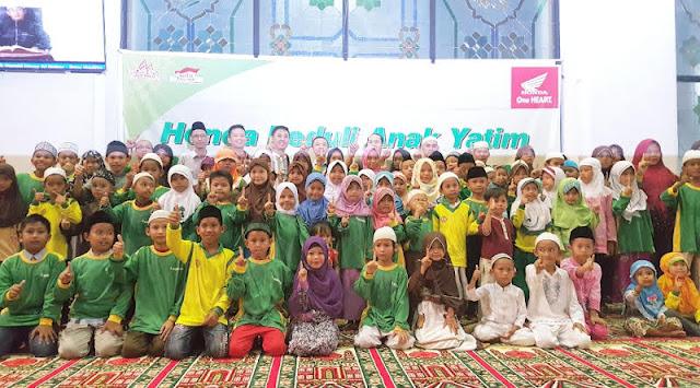 Paguyuban Dealer Honda Palembang Berikan Donasi ke 100 Anak Yatim Piatu