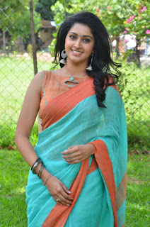 Actress Tanya Ravichandran at Karuppan  tamil press meet pos 12.jpg