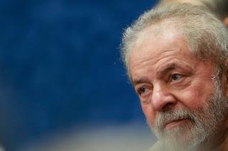 AGU pede rejeição de ação movida por Lula contra delegado da PF