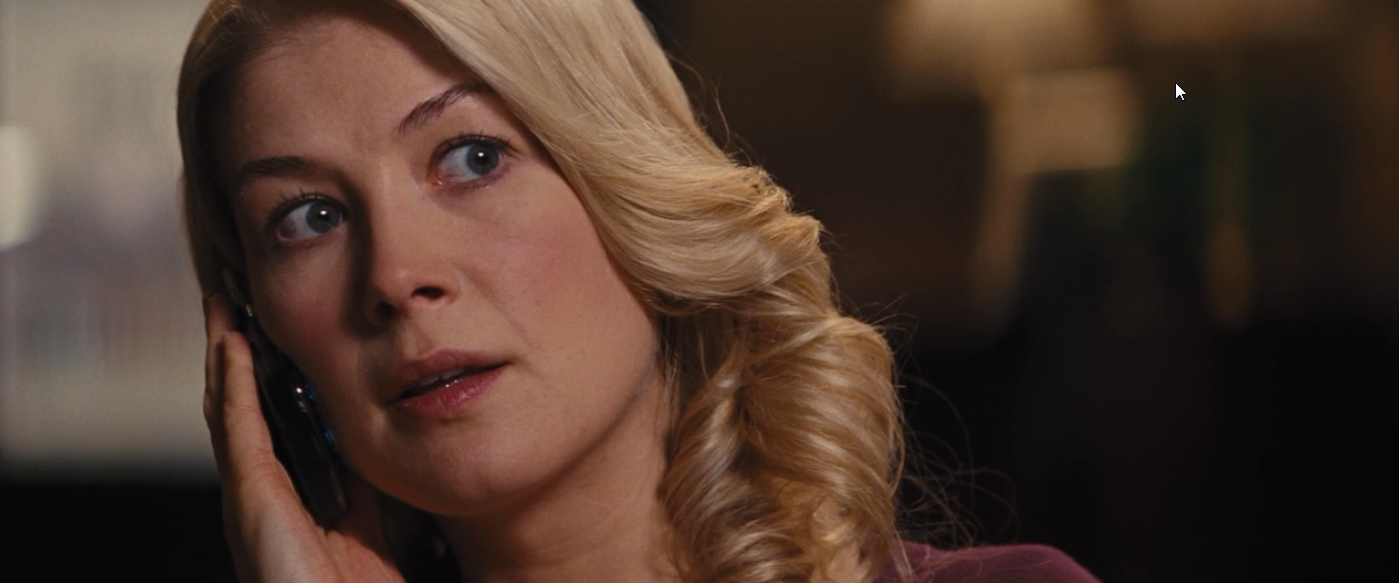 Rosamund Pike - Jack Reacher - Part Two - Snapikk.com