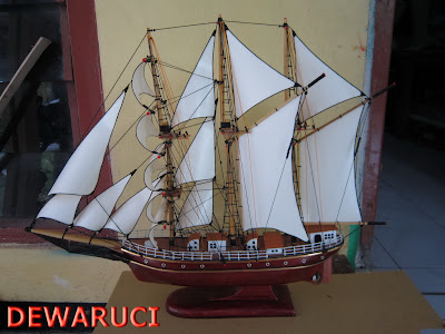 Miniatur kapal Perang, Miniatur kapal KRI Dewaruci, Miniatur kapal Layar, Miniatur kapal Laut, Miniatur kapal Kayu UNIK
