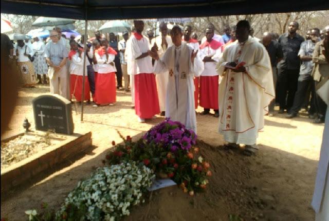 En su funeral