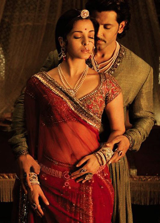 Award Winning Costues on Jodhaa Akbar Movie