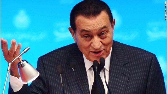 بعد تعثر مفاوضات سد النهضة .. حسني مبارك يقدم حل الأزمة