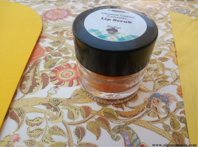 Skin Café Orange Crème Caramel Lip Scrub Review