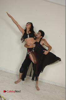 Manoj Nandam Smitika Acharya starring Ye Rojaithe Chusano Movie Romantic Song Stills  0010.jpg