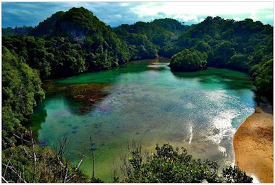 Tempat Wisata Danau dan Telaga yang Penuh Pesona di Malang -  Danau telaga segara anakan di Pulau Sempu