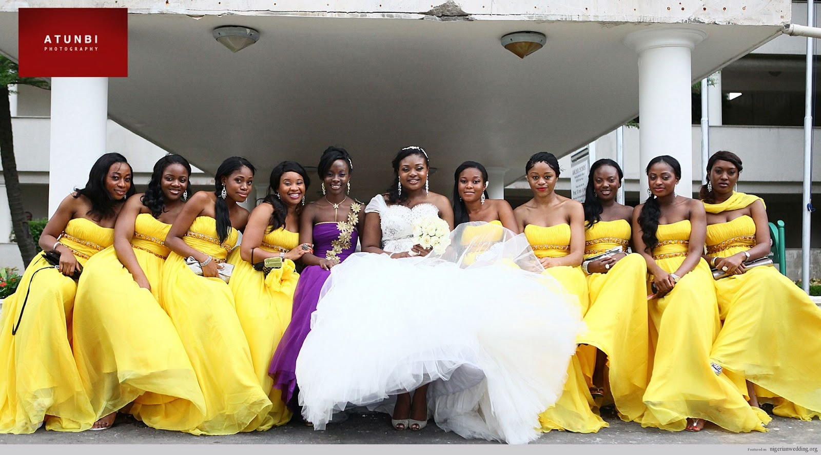 Cakes by MizVuitton: The Ultimate Wedding Blog: Mellow-Yellow!
