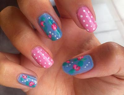 Kutek motif polkadot biru pink