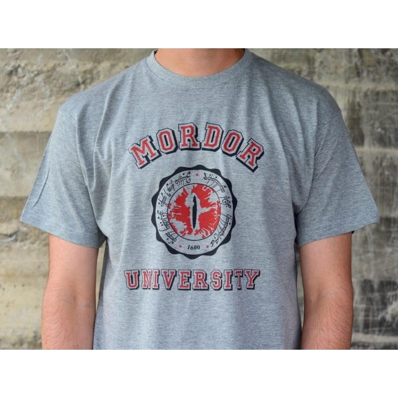 http://svoriginal.com/camisetas/820-camiseta-mordor-university.html