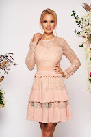 Rochie roz prafuit scurta de ocazie in clos din dantela cu banda elastica