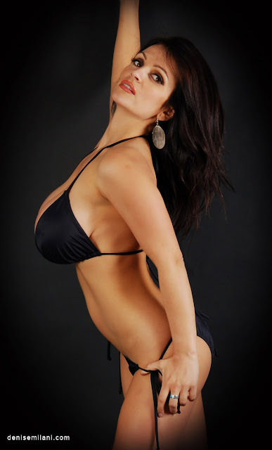 Denise-Milani-Black-Black-Photoshoot-Hot-and-Sexy-Image