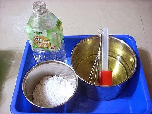 beautydiy: 洗衣液皂+香安無事皂