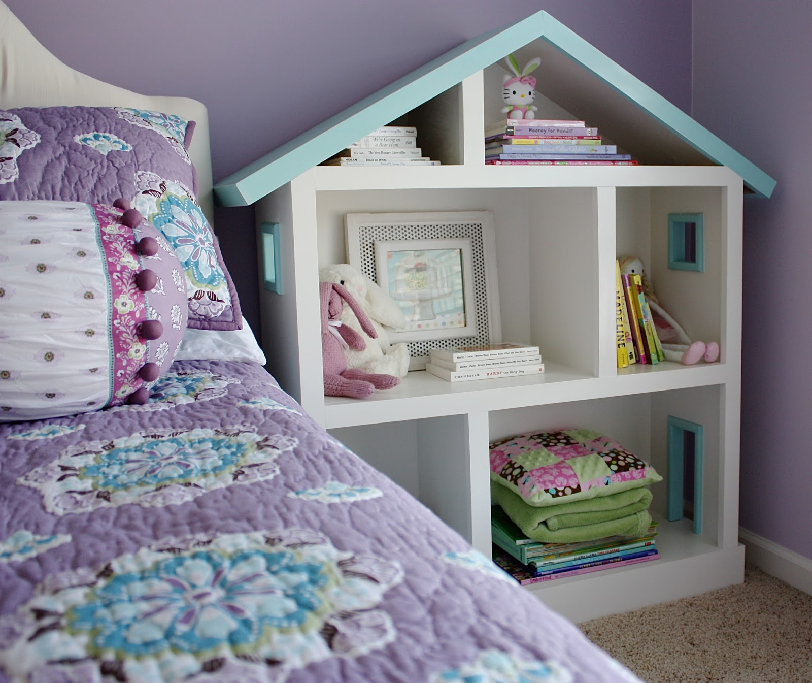 The Yellow Cape Cod: Doll House Bookcase