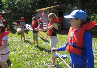 getting ready for canoeing from www.drjeanlayton.com