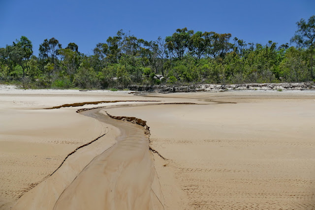 Creek Wahout Bach Gefahr Moreton Island Insel Strand Unfall