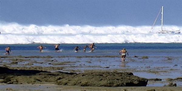 Έρευνα στον βυθό για το τσουνάμι του 2004