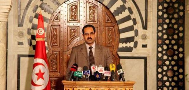 قيادي بالنهضة ومستشار رئيس الحكومة: تراجع الدينار يشجع على الاستثمار في تونس