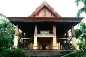 Keunikan-RUMAH-ADAT-Gorontalo-rumah-dulohupa