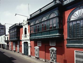 Museo de Arte y Tradiciones Populares