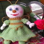 patron gratis muñeca mosca amigurumi