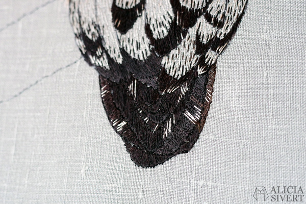 Strix nebulosa, great grey owl embroidery by Alicia Sivertsson, 2015-16. lapuggla fritt broderi free embroidery needlework textile art hand stitched textilkonst konst konstsömnad fågel fåglar skapa skapande kreativitet creativity uggla