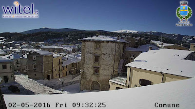 http://ipcam.witel.it/img/campodigiove/ipcam/01/hires/snapshot.jpg
