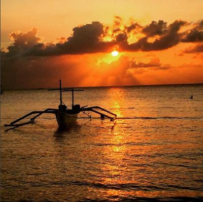 Lovina Beach sunset, Bali